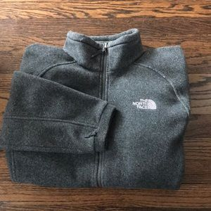 Men's gray north face thick fleece jacket, L